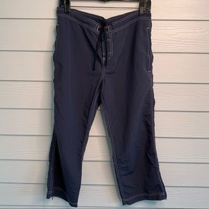 Eddie Bauer Pants - Eddie Bauer Navy Lightweight Cropped Pants